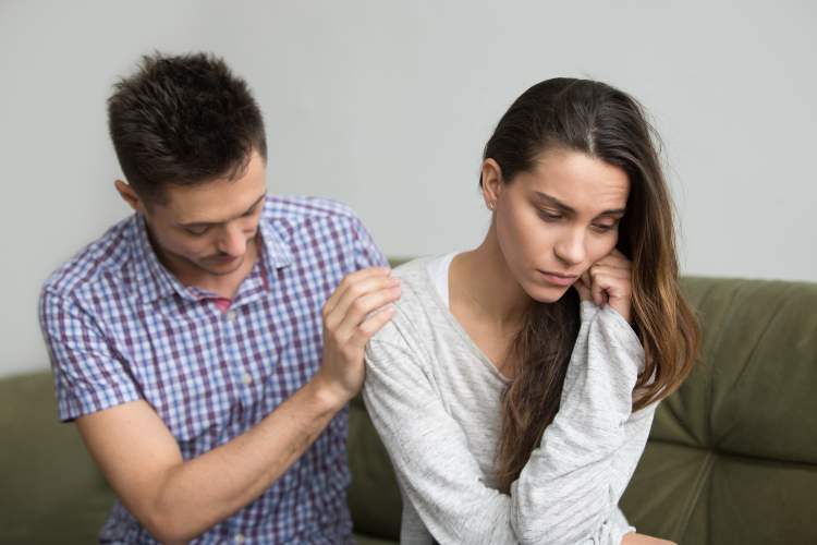 What are the signs and symptoms of infertility in men and women